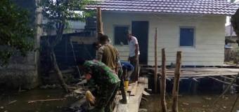 Satgas TMMD Ke-98 Kodim 0418/Plg Bedah Rumah Warga Kurang Mampu