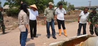 Danrem 044/Gapo Tinjau Pengairan Sawah dengan Pompa Air Listrik