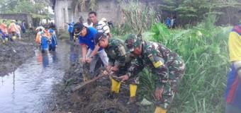 Koramil 418-08/Sako Bersama Pemkot Palembang Gelar Gotong Royong