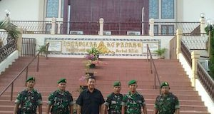 Kekompakan Anggota Kodim 0418/Palembang Bersama Polresta Palembang Dalam Pengamanan Natal Dan Tahun Baru