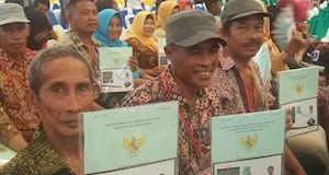 62.453 Warga di Tujuh Provinsi Terima Sertifikat Gratis