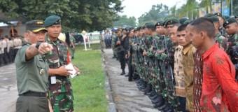 Danrem 044/Gapo Pimpin Apel Gelar Pasukan PAM Kunker Ibu Mufidah Jusuf Kalla