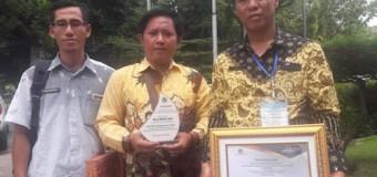Desa Mekar Jadi Raih Penghargaan Penyelenggara Good Governance Pengelolaan Keuangan Desa