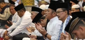Gubernur HD Sholat Subuh dan Zikir Bersama Masyarakat Palembang