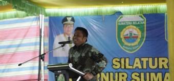 Gubernur Serahkan 465 Sertifikat Tanah untuk Warga Lahat