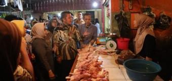 Pastikan Harga Stabil Jelang Ramadhan, Gubernur Lakukan Sidak Pasar