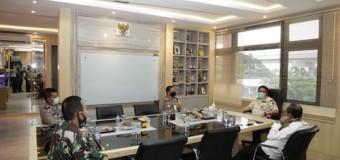 Herman Deru Simak Langsung Arahan Menkeu dan Mendagri Terkait Lomba Inovasi Daerah Tatanan Normal Baru